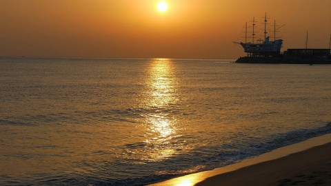 East Sea / Gangneung , Jeongdongjin / Sunrise