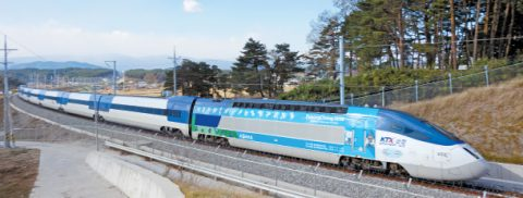 A journey to the East Sea by high-speed train : New KTX line makes Gangneung's wonders all the more accessible