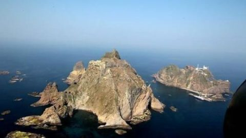 Japan's new textbook guidelines renew territorial claim to Dokdo